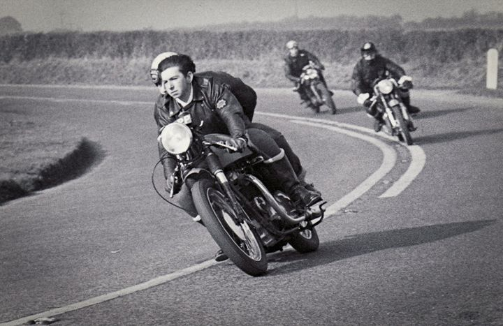 cafe racer riding race