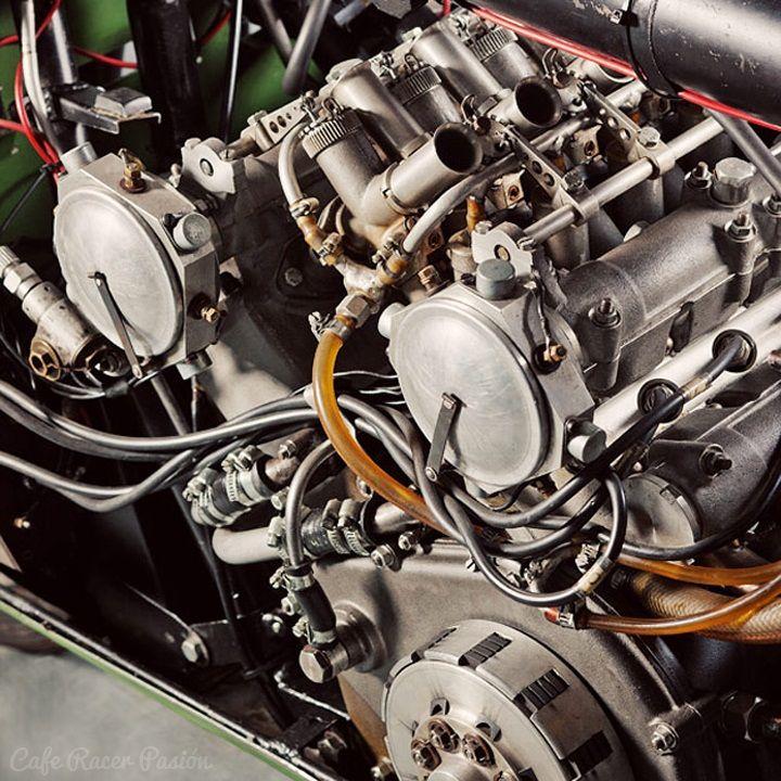 Moto Guzzi V8, el pepino de los años 50
