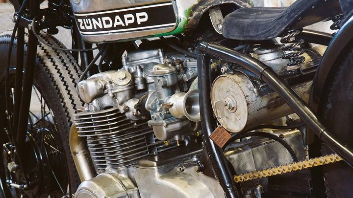 Honda CB550 Bobber - Tin Can Customs