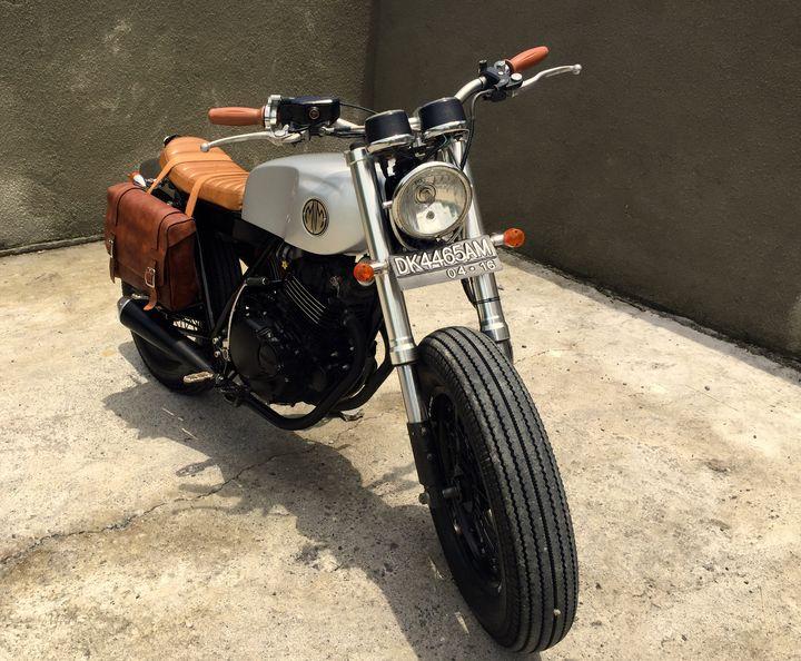 suzuki-thunder-250-brat-style-malamadre-motorcycles-7