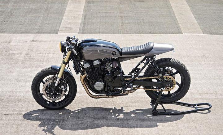 honda cb750 cafe racer bonesheart specials debolex. Black Bedroom Furniture Sets. Home Design Ideas