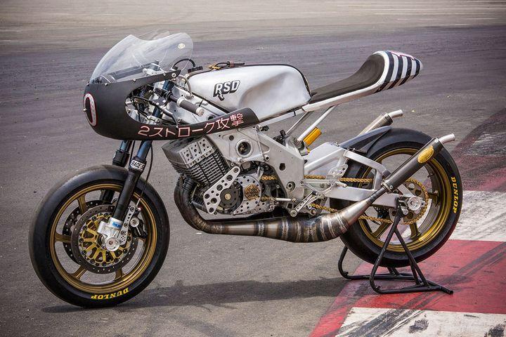 Yamaha RD400 Cafe Racer by Roland Sands Design