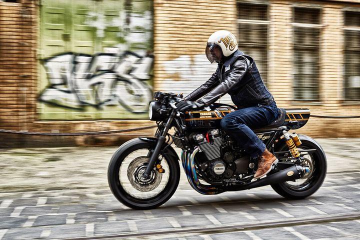 Yamaha XJR1300 Cafe Racer – Iron Heart