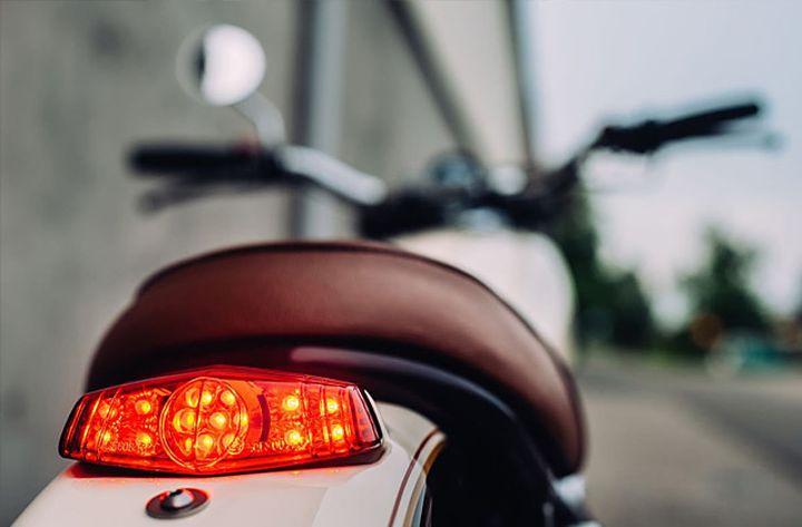 Yamaha XS650 Street Tracker by Motogadgets
