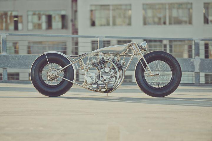 Royal Enfield Bobber The Musket – Hazan Motorworks