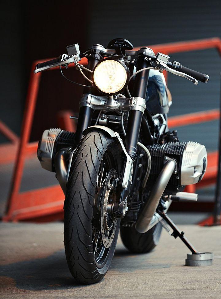 BMW R nineT Cafe Racer - Clutch Custom Motorcycles 4