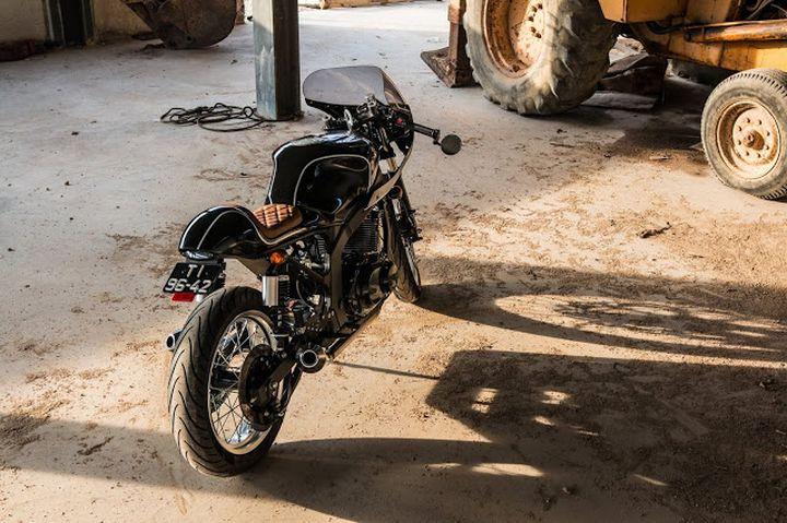 Suzuki GS500 Cafe Racer - H2 Moto 3
