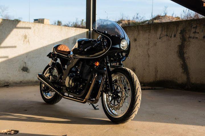 suzuki gs500 cafe racer h2 moto cafe racer pasi n. Black Bedroom Furniture Sets. Home Design Ideas