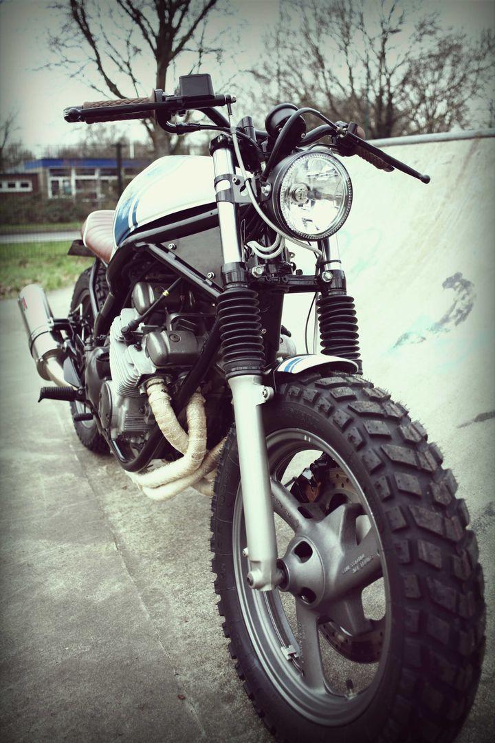 Yamaha XJ600 Diversion Street Tracker - Wrench Kings 2