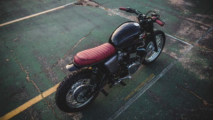 Triumph Bonneville T100 Scrambler by Kinetic Motorcycles 2