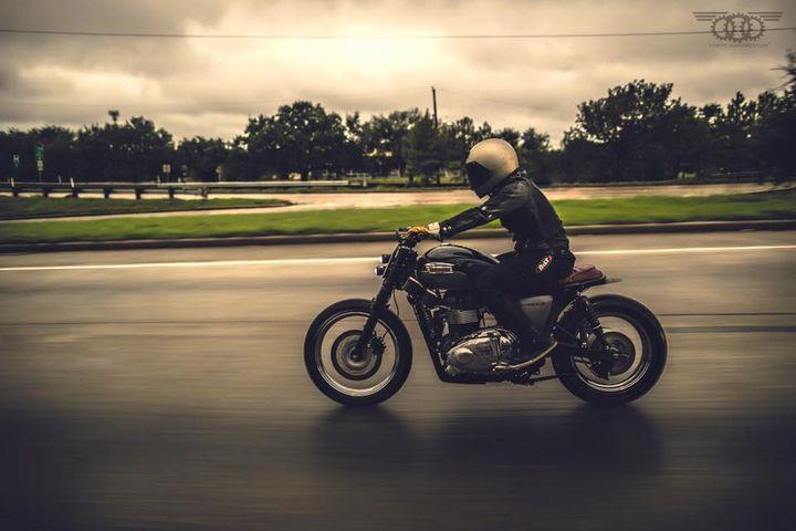 Triumph Bonneville T100 Scrambler by Kinetic Motorcycles 4