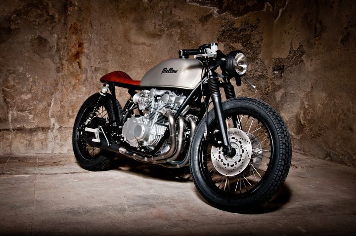 Suzuki GS550 Cafe Racer Tintin - Mellow Motorcycles 2