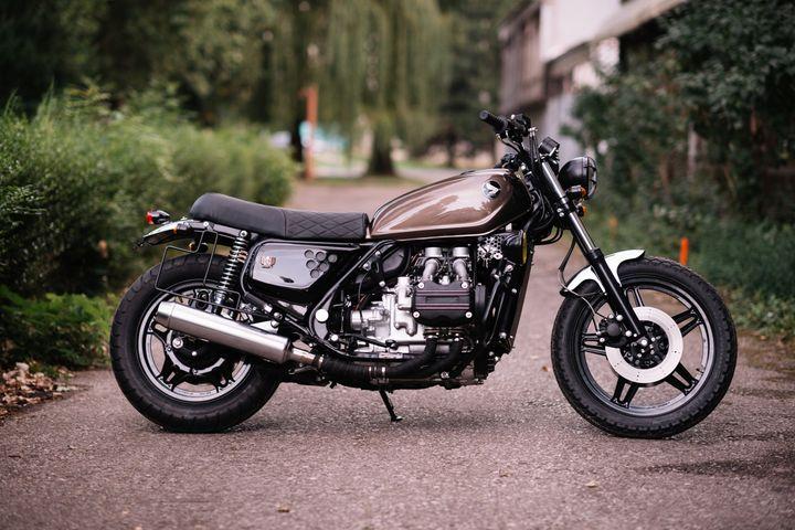 honda-goldwing-gl-1100-brat-style-retro-bikes-croatia-5