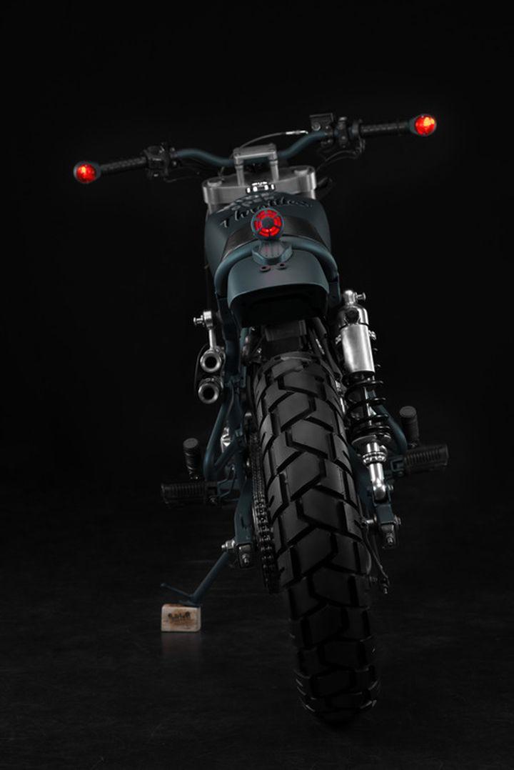 Honda CB400SS Scrambler - Butcher Garage 4