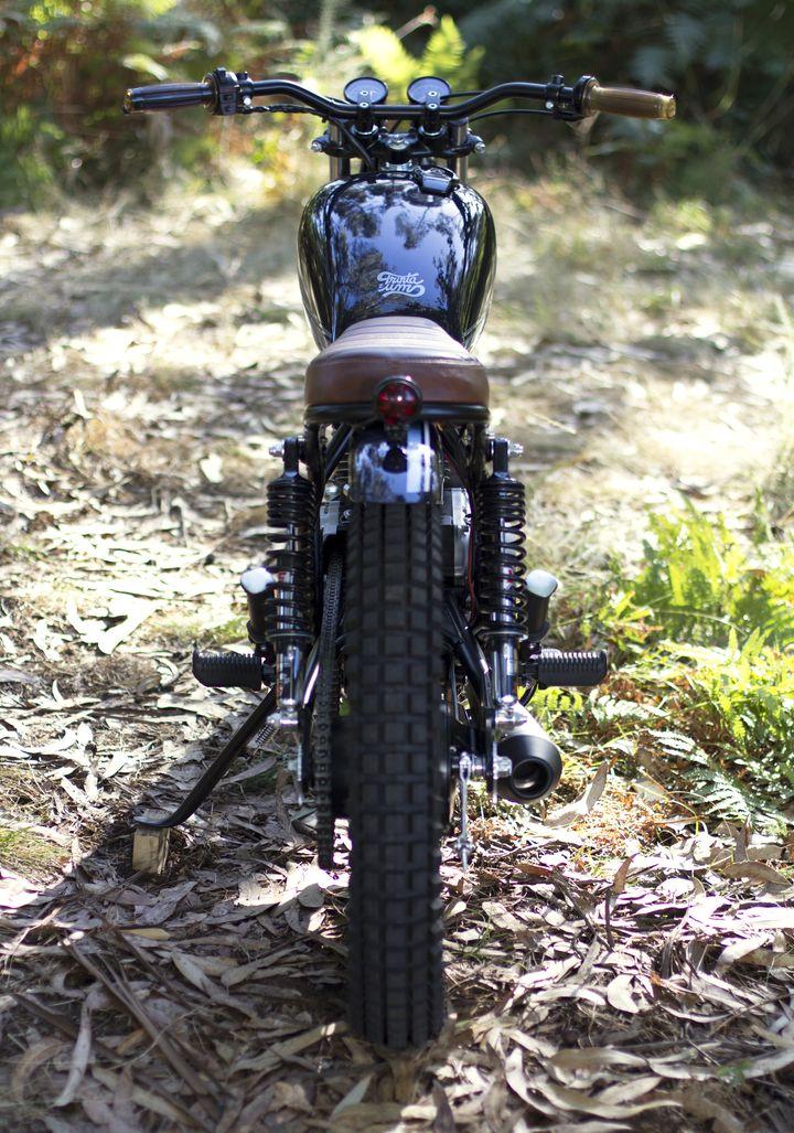 Yamaha SR 250 Street Tracker - Trinta&Um Motorcycles 4