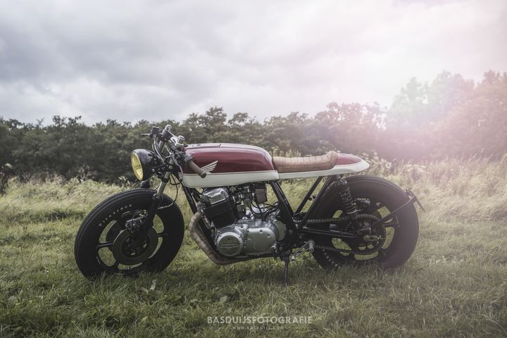 honda-cb750-caferacer-by-wrench-kings-1