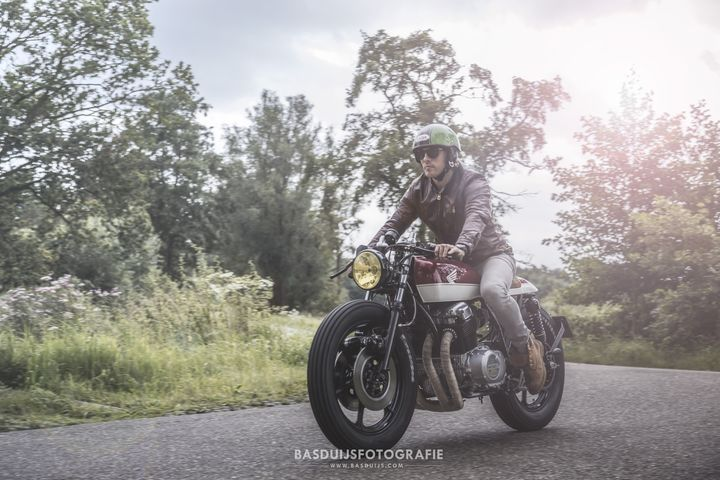 honda-cb750-caferacer-by-wrench-kings-2
