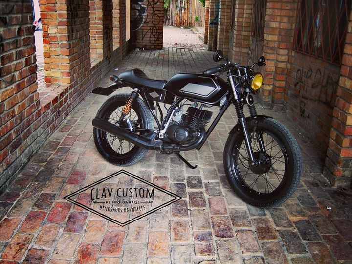 Suzuki AX100 Cafe Racer «Darkthrone» by CLAV-CUSTOM Retro Garage