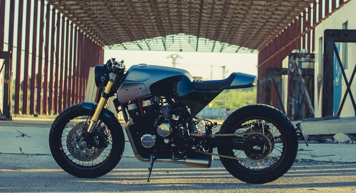 Honda CBX750 Cafe Racer by +3MOTORS